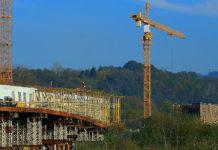 Dźwigi budowlane i żurawie wieżowe, czyli praca przyszłości